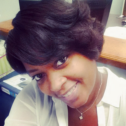 Latoya Davis, Internet Client Advisor